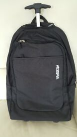 American Tourister Bag on Wheels