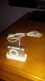 iPod Shuffle 2nd Gen 1GB - Silver