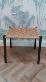 Stool / little seat / foot stool