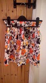 Oasis Print Skirt *Size 8*