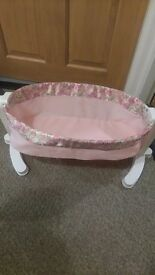 Baby annabelle dolls cot