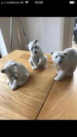 Lladro set of 3 Polar bears