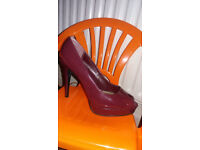 Shoes size 8 (42)