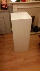 Plinth white 40 x 40 x 100cm Exhibition used GOOD CONDITION