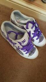 DC trainers size 6