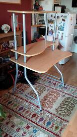 Office/Bedroom Desk, Very good condition