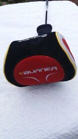 TAYLORMADE BURNER DRAW HT DRIVER & HEAD COVER.
