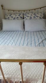 KING SIZE LUXURIOUS METAL BED