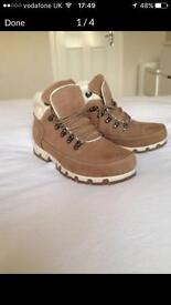 Rockport Boots Size 7/40