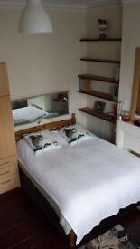 KIRALIK ODA.Kisa yada uzun donem.Guzel ve temiz ev ve oda. INDIRIM haftalik £10ogrenci ve£15temizlik