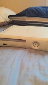 Xbox 360 With Power Chord & HDMI Chord + Controller