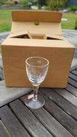 Glasses Sherry Port Liqueur shot (etched with decorative designs) x6 in new condition
