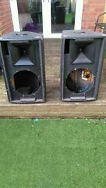 Pair of audio max speakers
