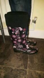 Wellies size 6