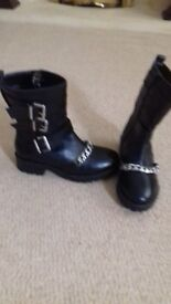 Ladies leather ankle boots brand new