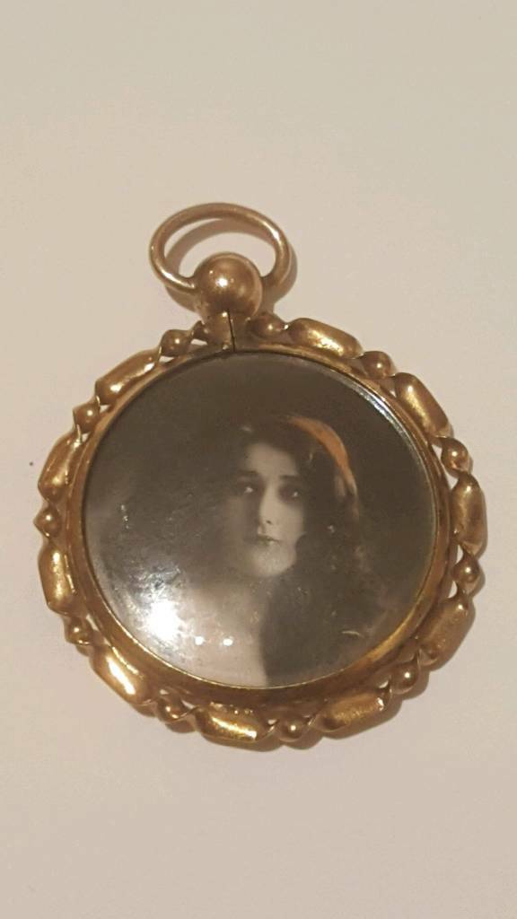 Vintage 12ct Gold Photo Locket