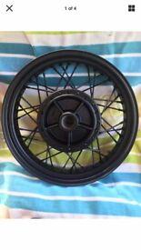 TRIUMPH BONNEVILLE T100 BLACK REAR WHEEL>