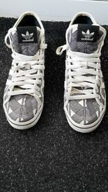Adidas hi tops size 5 & a half worn once unisex,limted ed