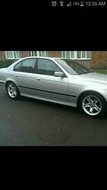 Bmw 17inch 5 x alloy wheels excellent tyres