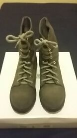 NEW grey laced boots UK size 5 - FREE shipping
