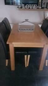 Richmond Dining Table & 4 Chairs