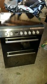 Indesit electric cooker with ceramic hob