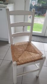 6 Kitchen chairs, solid and sturdy need a little TLC.