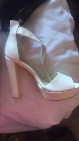 Ladies size 8 heels