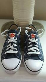 Lee Cooper size 5.5 Casual Shoes