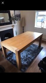 Solid oak dining table. L180xW90xH76