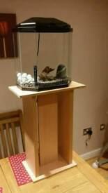 Aquarium fish tank with stand