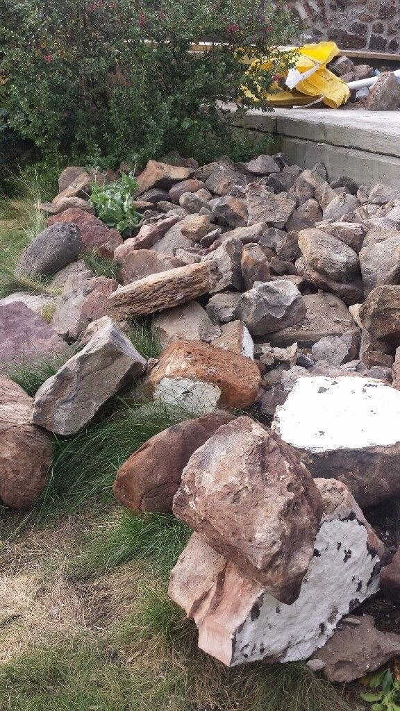 Mixed rubble stonebricks approx 1 ton