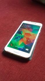 Samsung S5 16gb - Unlocked - (Comes with case)