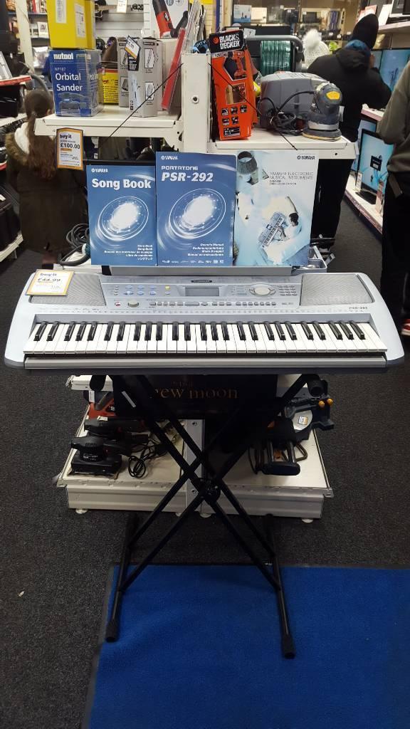 Yamaha psr-292 keyboard