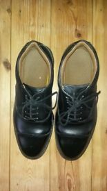 Size 9 leather safety shoes.