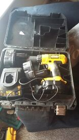 dewalt 14.4 drill with 3 batteries and charer