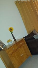 Tv cabinet & side table good condition, knobs need tightening