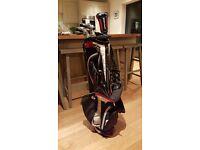 Wilson Staff Di11 Irons + Fybrid 3 21 + Deep Red WTX2 Putter + Bag