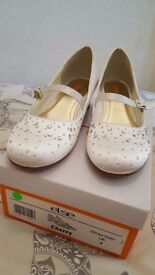 Girls shoes size UK 4, were originally for a Holy Communion