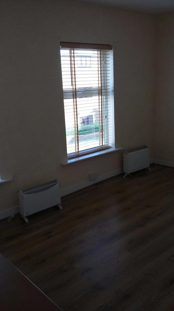 Business room to rent in luton town centre