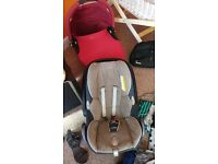 Quinny carrycot , bag and rain cover.