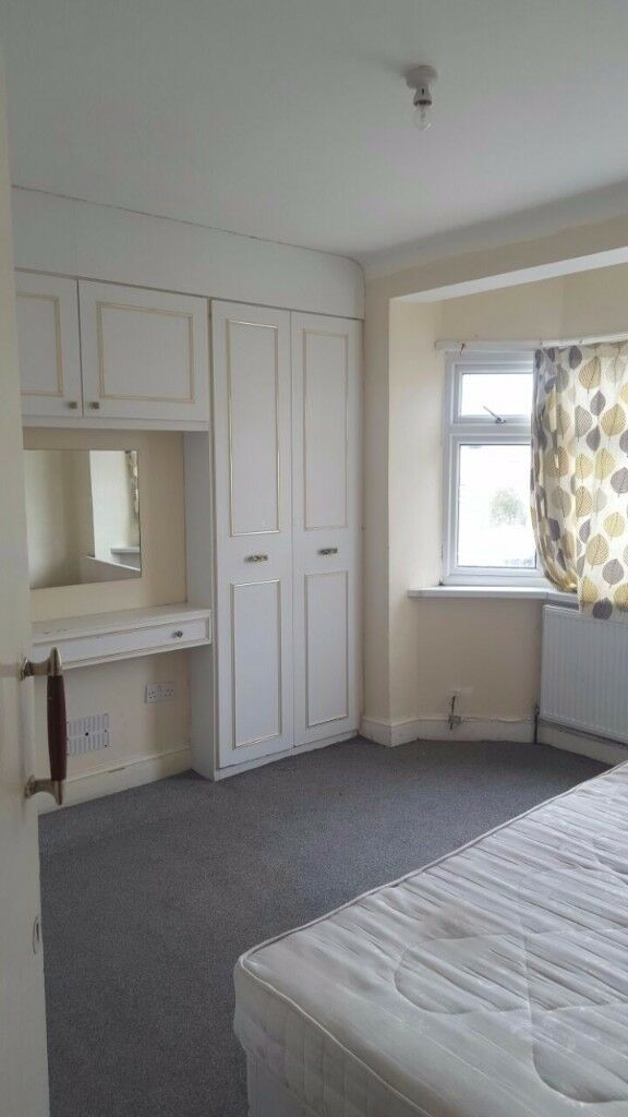 House for RENT 2 double bedroom and one single bedroom