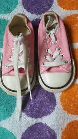 Converse baby size 4