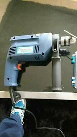 Hammer drill and drill bits