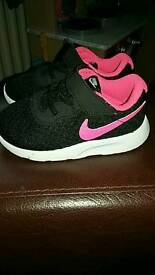 Infant size 5.5 nike trainers