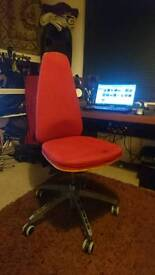 Designer reclining office chair