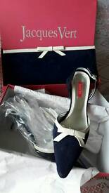 Jacques Vert shoes and bag size 5