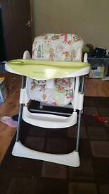 Adjustable highrchair