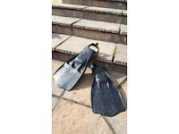 Flippers, Beuchat medium. Made in Italy.