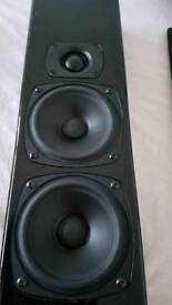 REDUCED now £350 M&K MP7 on-wall home cinema speakers